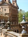 Wall and ceramics in the Plaza de España
