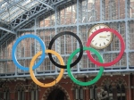 Huge rings welcome tourists from eurostar