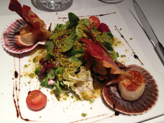 Salade of Scallops with iberico ham and crushed pistachios