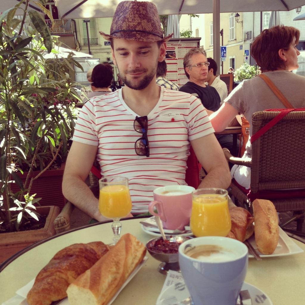 Le Petit Dejeuner!