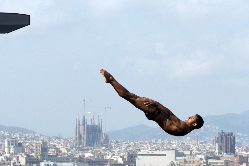 TOPSHOTS-SWIM-WORLD-DIVING