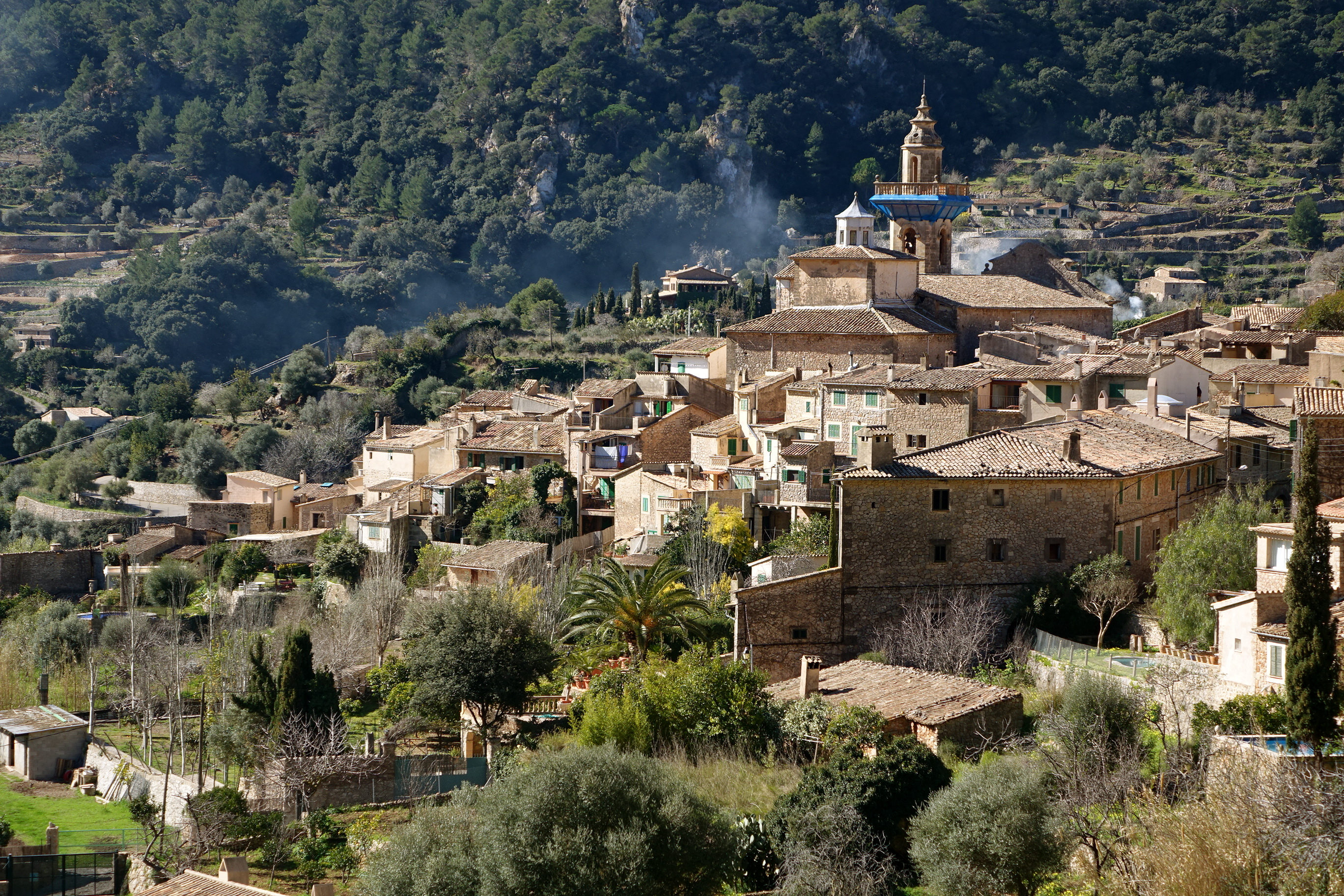 Discovering mallorca valldemossa and its port the daily for Valldemossa mallorca