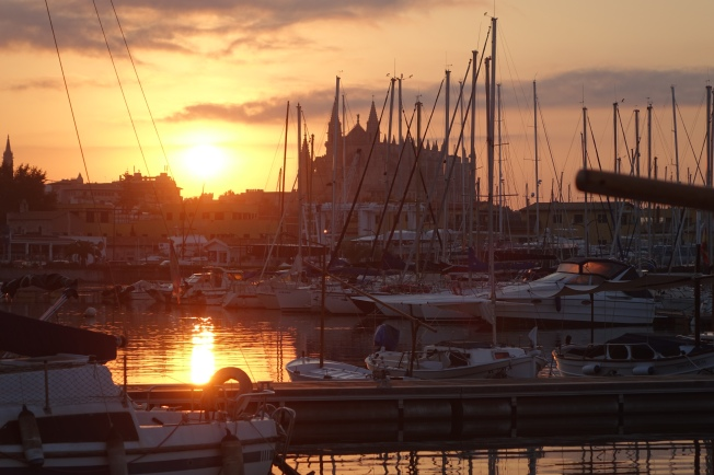 Sunrise over Palma Cathedral