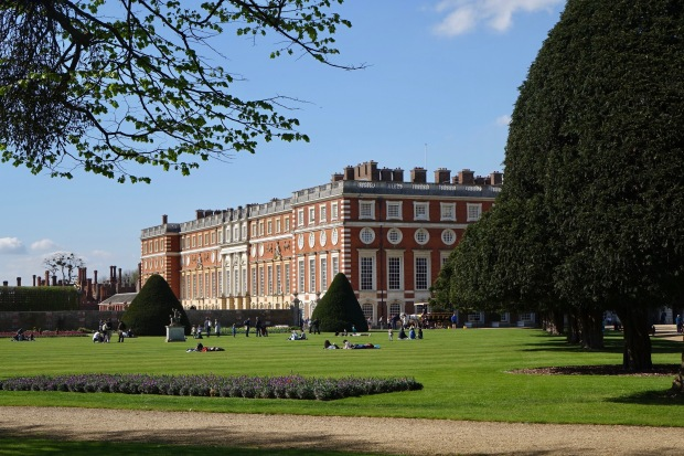 There Can Be No Doubt That Christopher Wrens Baroque Facade Of Hampton Court Palace Is Best Viewed From Its Mighty Gardens Whose Tree Lined Avenues